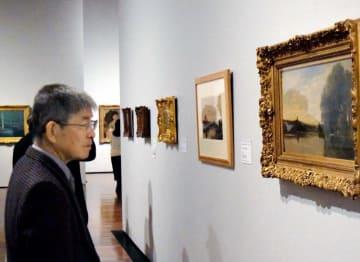 海運王バレルの収集美術品を集めた県美術館の展示=18日午後、松山市堀之内