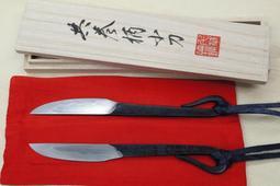 千草鉄で鍛造した小刀