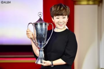 年間最優秀選手賞に輝いた申ジエ(撮影:上山敬太)