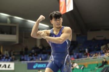 階級アップをものともしなかった男子フリースタイル86kg級の高谷惣亮(ALSOK)は恒例の優勝パフォーマンス