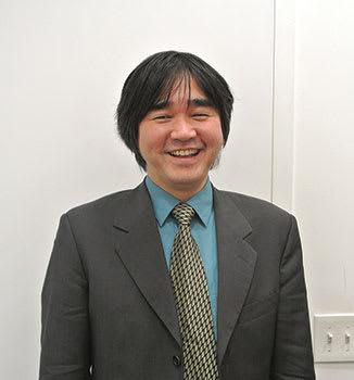 河野洋 愛知県出身。2003年にレコード会社「Mar Creation, Inc.」を設立。08年からイベント事業を手掛ける。CineFest、アーティストマネジメント、音楽、映像制作など、エンターテインメントに関連するサービスを提供。 www.marcreation.com