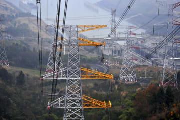 発電量、年1千億キロワット時に 三峡発電所