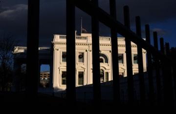 米ホワイトハウス=ワシントン(ゲッティ=共同)