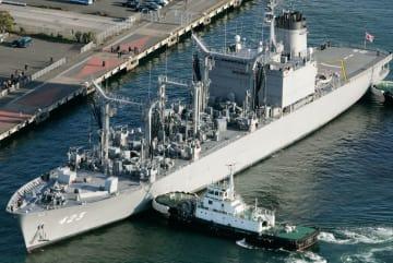 海上自衛隊の補給艦「ときわ」