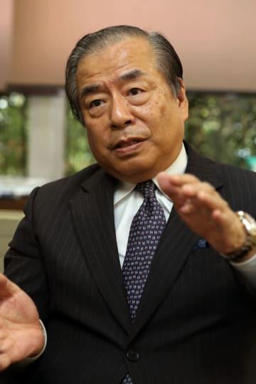 「創業の地である佐世保を大切にしたい」と語る矢崎社長=佐世保市卸本町、フードプラス・ホールディングス