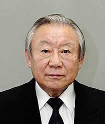 鴻池祥肇氏