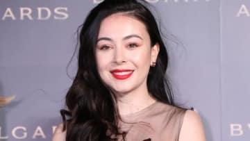 「BVLGARI AVRORA AWARDS 2018」のゴールデンカーペットセレモニーに登場したエレナ・アレジ・後藤さん