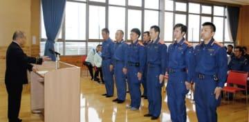阿蘇広域消防本部のドローン隊の職員ら=阿蘇市(同消防本部提供)