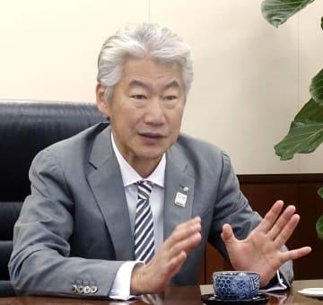 インタビューに答える野村HDの永井浩二グループCEO