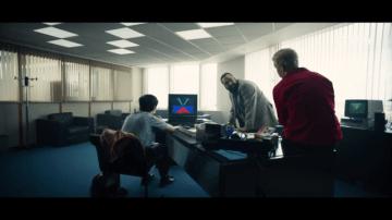 Netflixドラマ「ブラック・ミラー: バンダースナッチ」予告編公開―ビデオゲーム開発で倒錯する精神状態を描く