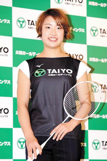 プロ転向を発表し、東京五輪に向けて個人活動に専念するバドミントン女子日本代表の奥原希望=27日午後、東京都内