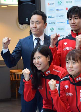 全日本選手権の概要発表後に囲み取材を受ける日本フェンシング協会の太田会長(12月5日、東京都・駒沢体育館)