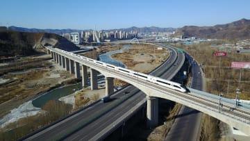 河北省承徳と遼寧省瀋陽を結ぶ高速鉄道、運行開始