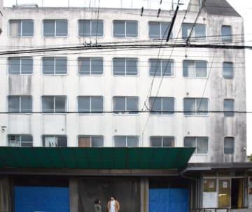 芸術家の滞在場所と作業スペースを併設した宿泊施設に生まれ変わる京都青果合同の「朱雀寮」(京都市下京区)