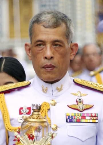 タイのワチラロンコン国王(AP=共同)