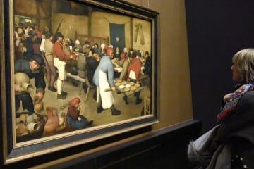 ウィーン美術史美術館のブリューゲル展が人気集める
