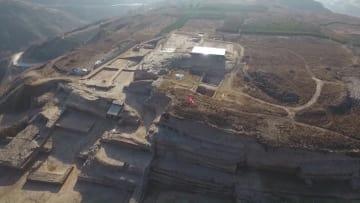 熟練した技術で作られた4千年前の石刻発見 陝西省石峁遺跡