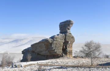 雪化粧した石林 内モンゴル自治区赤峰市