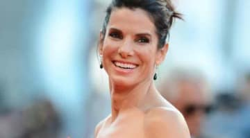 VENICE, ITALY - AUGUST 28: Actress Sandra Bullock attends the Opening Ceremony And 'Gravity' Premiere during the 70th Venice International Film Festival at the Palazzo del Cinema on August 28, 2013 in Venice, Italy. (Photo by Ian Gavan/Getty Images)