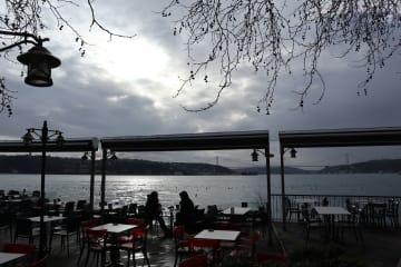 雨上がりのボスポラス海峡 トルコ·イスタンブール