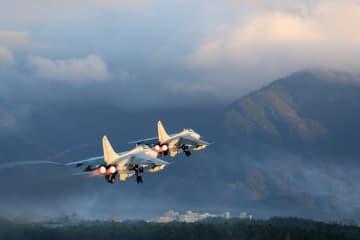 中国軍の新年初の訓練、強軍·興軍へ再出発