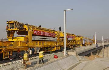 北京冬季五輪関連プロジェクト、崇礼鉄道のレール敷設工事開始