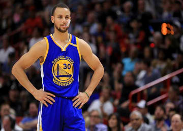 Steph Curry Scores 29, Warriors Beat Clippers 133-120