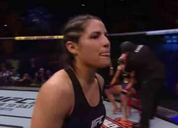 UFC star Polyana Viana stops would-be-mugger in Rio