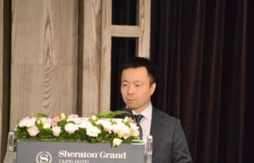 講演する三菱UFJ銀行アジア法人営業統括部アドバイザリー室の吉田常誠・室長=9日、台北(NNA撮影)
