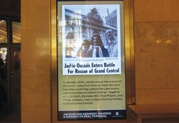1975年、ジャッキーがグラセン保存運動に乗り出した時の新聞記事(バンダービルトホールの展示から)