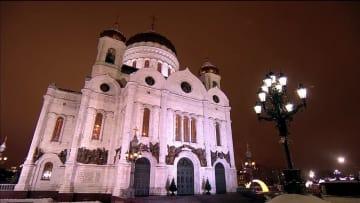 ロシア、正教会のクリスマスを祝う