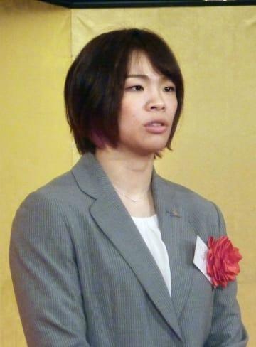 東京都内で取材に応じるレスリング女子の川井梨紗子=11日午後