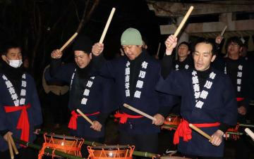 勇壮な鯨唄が披露された弁財天祭り=新上五島町、弁財天宮