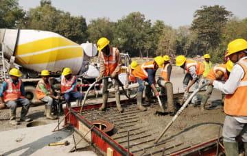 研修所の建設作業の様子=グジャラート州(NHSRCL提供)
