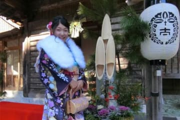 成人式を迎えた京都フローラ・龍田美咲【写真提供:日本女子プロ野球リーグ】