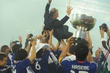 2011年のカタール大会では激戦を制し、4度目の優勝を遂げた photo/Getty Images