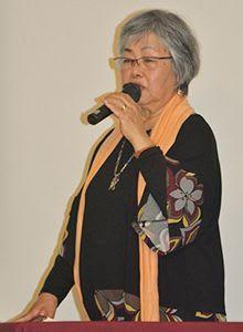「性暴力構造、今も」 南風原 沖縄戦で高里さん講演