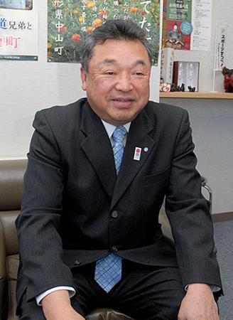 中山町長2期目、佐藤氏に聞く 高齢者の活躍の場、創出
