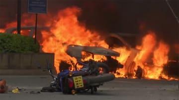 ケニア自爆テロ15人死亡 アルカイダ系組織が犯行声明