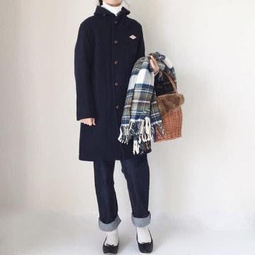 白の靴下をアクセントに。おしゃれに映える冬の白ソックスコーデ9選♪