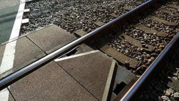 港北区の横浜線踏切で71歳女性はねられ死亡 14本運休
