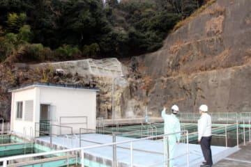広島県企業局が斜面の補強に乗り出す広島市東区の温品浄水場。土砂災害の特別警戒区域にある