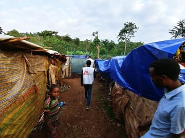 エチオピア南部諸民族州ゲデオ地域の避難民キャンプ © Markus Boening/MSF