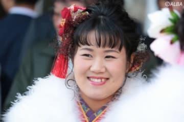 畑岡奈紗が成人式で晴れ着姿をお披露目!(撮影:ALBA)