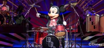 ミッキーマウスのドラムプレイなど見どころ満載!