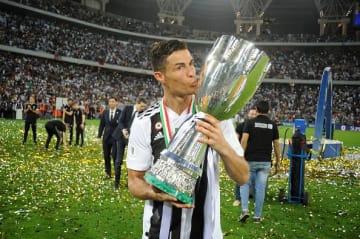 イタリア・スーパー杯を制したロナウド photo/Getty Images