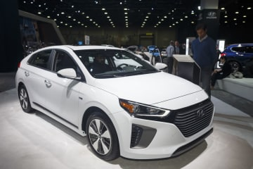 北米国際自動車ショー 新エネルギー車が人気
