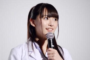 映画「リケ恋~理系が恋に落ちたので証明してみた。~」の完成披露上映会に登場した浅川梨奈さん