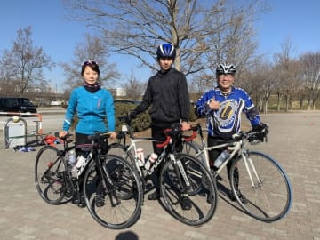 映画「車線変更」 -キューポラを見上げて- 主演の平田雄也さんのロードバイク基礎練習