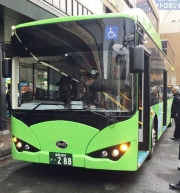 県交通が新たに導入する大型電気バス(同社提供)